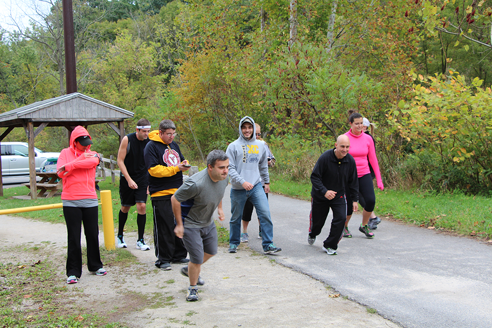 5k Participants Line Up at the Montour Trail Starting Line