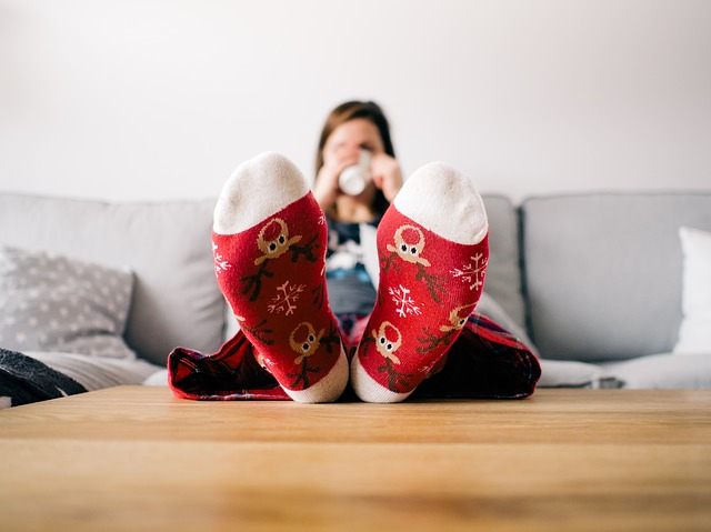 How to Deal with Holiday Stress I Schedule Some Me Time I